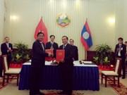Vietnam-Laos : signature d'un protocole d'accord dans les transports