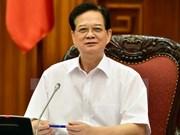 Le PM rencontre des investisseurs vietnamiens au Laos