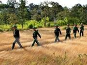 Réunion sur la sécurité et la défense de la ligne frontalière Vietnam-Cambodge à Can Tho