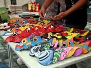 Création de masques pour la Fête de la Mi-automne