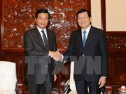 Le président Truong Tân Sang reçoit l'ambassadeur du Laos