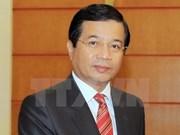 """L'insigne """"Pour la paix et l'amitié entre les nations"""" attribué à l'ambassadeur laotien"""