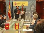Le Vietnam et l'Espagne signent un accord d'entraide judiciaire en matière pénale
