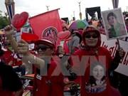 Thaïlande : le Pheu Thai défend Yingluck Shinawatra