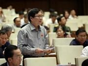 Les ministres de l'Agriculture, de l'Industrie et du Commerce interpellés