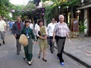 Le président du Sénat tchèque Milan Stech visite la province de Quang Nam