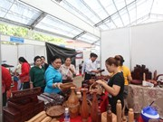 Clôture de la foire commerciale Vietnam-Laos 2015