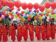 De nombreuses activités pour célébrer la journée de la poésie du Vietnam 2016