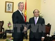Le vice-PM Nguyen Xuan Phuc reçoit des ambassadeurs