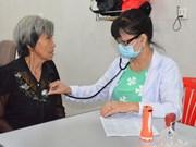 Ho Chi Minh-Ville offrent des soins médicaux gratuits au Cambodge