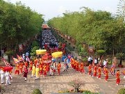 Offrande d'encens aux rois fondateurs Hung au Mexique