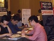 Forum sur l'emploi franco-vietnamien, l'occasion de recruter de jeunes Vietnamiens qualifiés