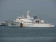 Un navire de la force des garde-côtes sud-coréens visite le Vietnam