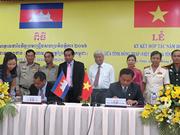 Dong Thap renforce la coopération avec la province cambodgienne de Prey Veng