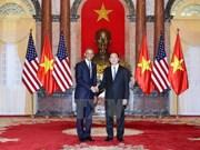 Entretien entre les présidents vietnamien et américain