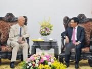 Le vice-PM et le ministre des AE Pham Binh Minh reçoit l'envoyé spécial du PM suédois