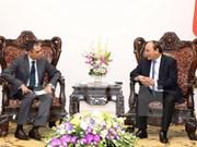 Nguyen Xuan Phuc reçoit les ambassadeurs malaisien et thaïlandais