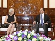Le chef de l'Etat reçoit la nouvelle ambassadrice du Danemark