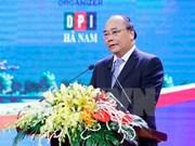 Dix entreprises s'engagent à investir 17.000 milliards de dongs à Ha Nam