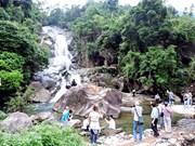 La pittoresque cascade de Khe Van