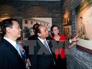 Le PM Nguyen Xuan Phuc se rend dans plusieurs établissements au Guangxi