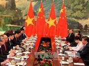 La visite en Chine du PM Nguyên Xuân Phuc fait les titres
