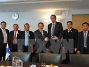 Le Vietnam et la Finlande renforcent les relations entre assemblées