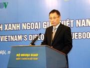 Publication du Livre bleu de la diplomatie du Vietnam 2015