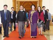 Le Vietnam prend en considération la coopération multiforme avec le Myanmar