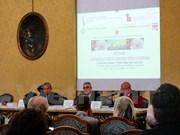 Colloque sur les réalisations du Vietnam après 30 ans de Renouveau à Turin, en Italie
