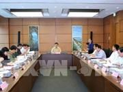 Croissance et restructuration au menu des députés