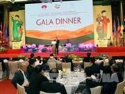 Dîner de gala en l'honneur des participants aux grands événements en cours à Hanoï