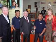 Le président irlandais visite la province de Quang Tri
