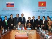 Signature d'un protocole d'accord de coopération entre HCM-Ville et la ville slovaque de Košice
