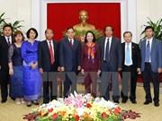 Intensifier les relations entre le Parti communiste du Vietnam et le Parti du peuple cambodgien