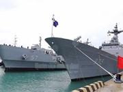 Deux navires de la Marine sud-coréenne font escale à Khanh Hoa