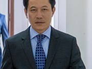 Le ministre laotien des AE en visite à Singapour