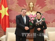 La présidente de l'AN reçoit l'ambassadeur hongrois