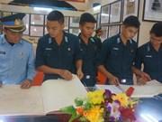 Exposition sur Hoàng Sa et Truong Sa dans le district insulaire de Bach Long Vi
