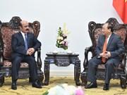 Nguyen Xuan Phuc reçoit l'ambassadeur du Qatar