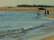 Un an après Formosa, le tourisme balnéaire de Quang Tri reprend des couleurs
