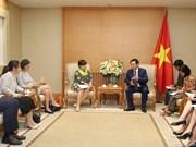 Le vice-PM Vuong Dinh Hue reçoit l'ambassadrice belge