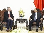 Le PM Nguyen Xuan Phuc reçoit le président exécutif du groupe Alphabet