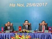 3e conférence des présidents des Fronts Vietnam-Laos-Cambodge