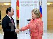 Le chef de l'Etat rencontre la présidente de la Chambre haute russe