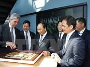 Le PM Nguyen Xuan Phuc rencontre le maire de Berlin