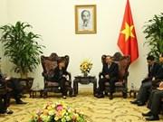 Le vice-PM Truong Hoa Binh reçoit l'ambassadrice de Singapour