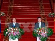 Efforts communs pour approfondir les liens Vietnam-Laos