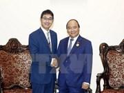 Le PM Nguyên Xuân Phuc reçoit le conseiller spécial du PM japonais