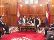 Vietnam et Cambodge resserrent la coopération entre les deux forces de sécurité
